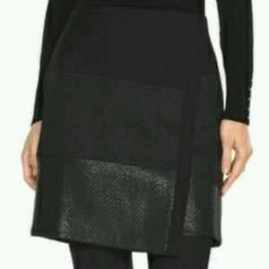 White House Black Market Wrap Skirt Size 4 NWT